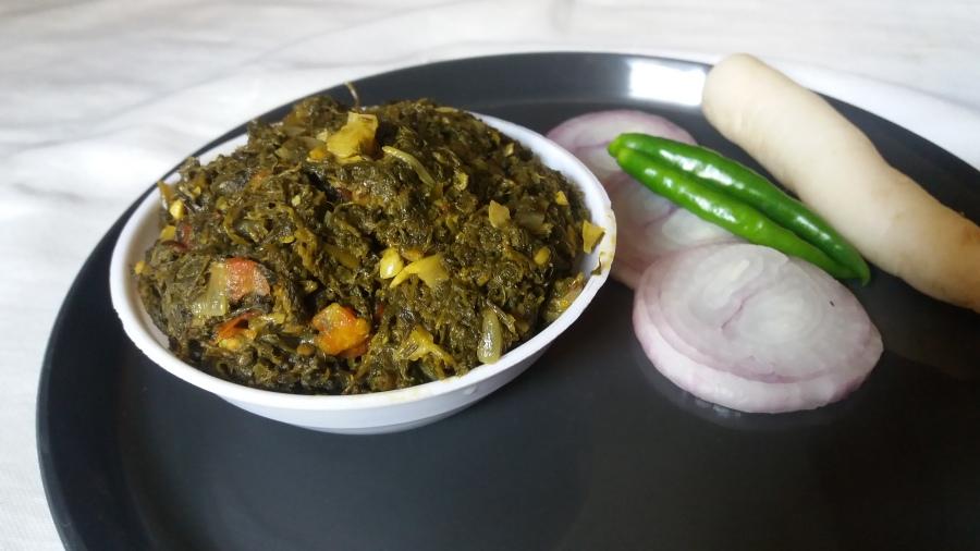 Mixed saag sabzi/How to make mixed saagsabzi