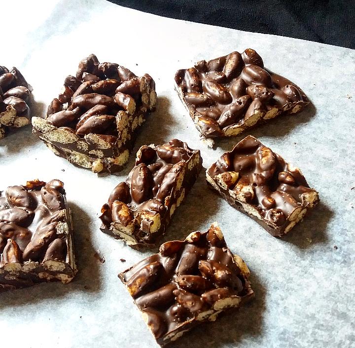 Wheat puff chocolate bars/Gehu murmurebars