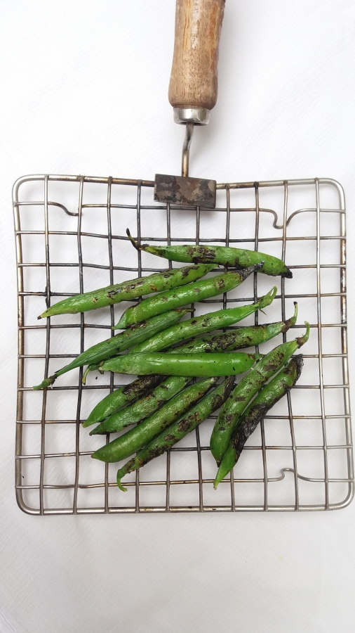 Grilled green peas